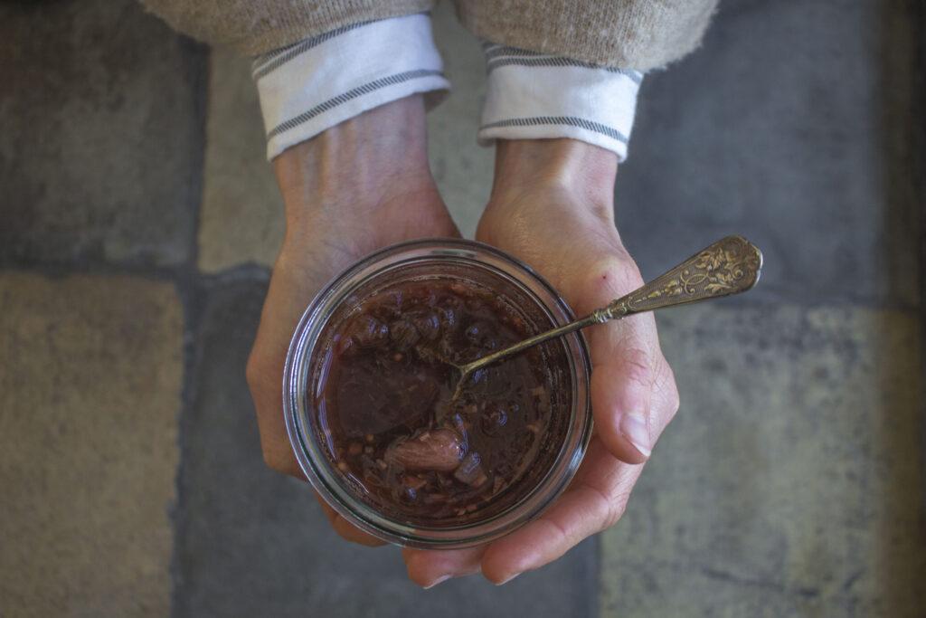 opskrift på chutney med rabarber